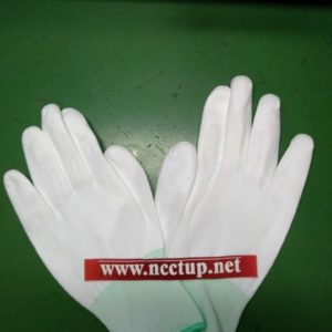 Anti static white gloveses